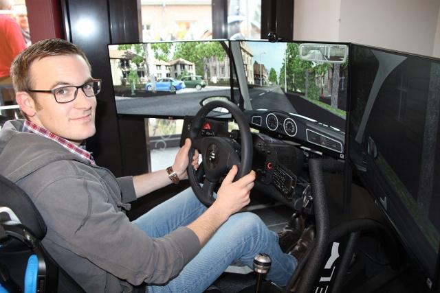 Fahrsimulator Fahrschule Strothmann Raesfeld (1)