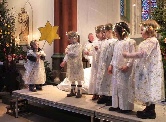 Weihnachtsspiel St. Martin 2013 (10)