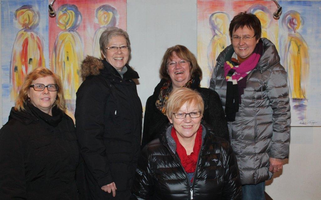 Die Künstlerinnen v. li.:Julieta Krieg, Birgit Limberg, Ingrid Welchering, Erika Niggemann und Mechtild Gedding (es fehlt Rita Körsgen)