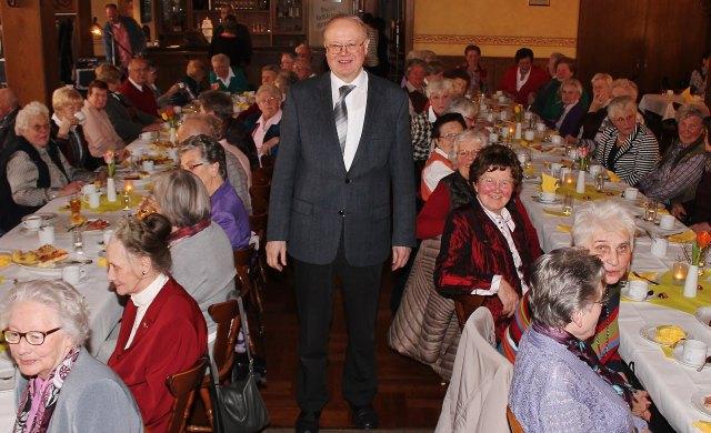 Schirmherr Pastor Johannes Bengfort hat für die Seniorinnen und Senioren in der Gemeinde ein offenes Ohr