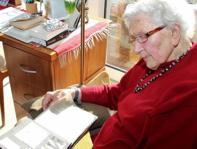 Dr. Elisabeth Schwane Erle