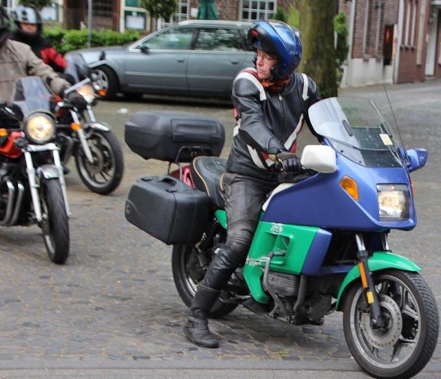 Allen voran auf der Motorradtour war Pastor Michael Kenkel