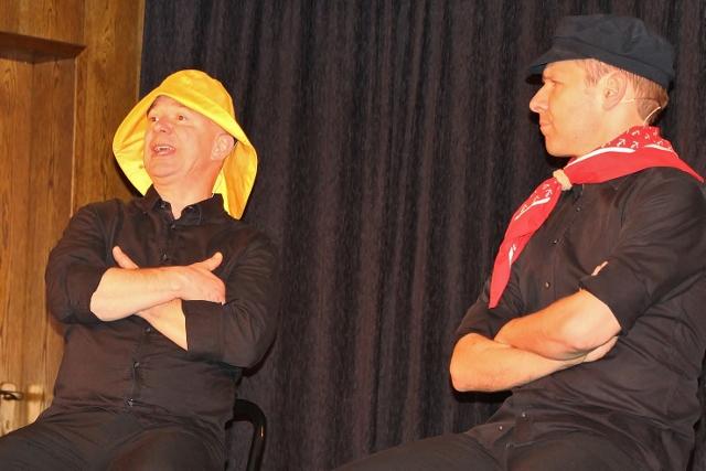 Helge Thun (re.) und Udo Zepezauer machten auch als Ostfriesen eine gute Figur.