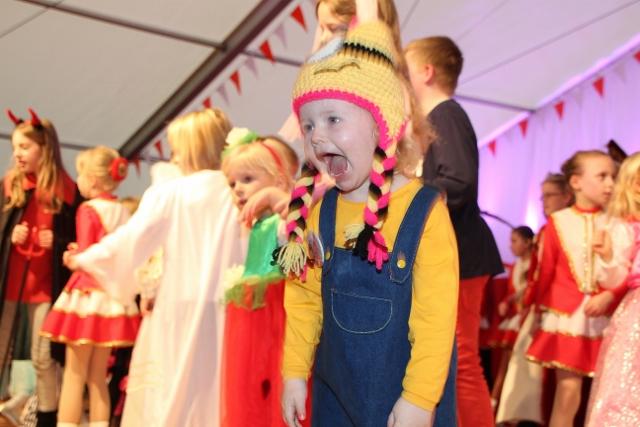 Kinderkarneval RCV Raesfeld 2016 Foto_Petra Bosse (26) (640x427)