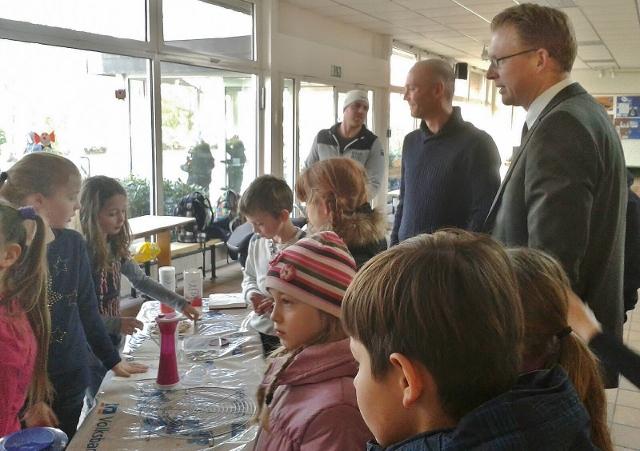 Silvestergrundschule Waffelbacken (4)