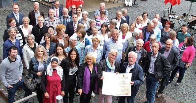 Der Ehrenamtspreis der Gemeinde Raesfeld ging in diesem Jahr an die ehrenamtlichen Flüchtlingshelferinnen und Helfer.