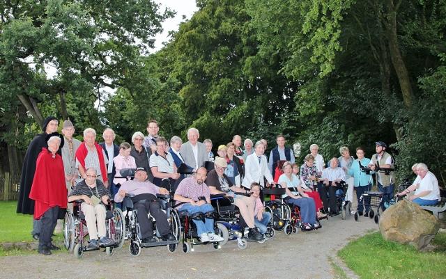 36 Personen reisten mit dem CBF-Club aus Reken zum Femegericht in Erle an.