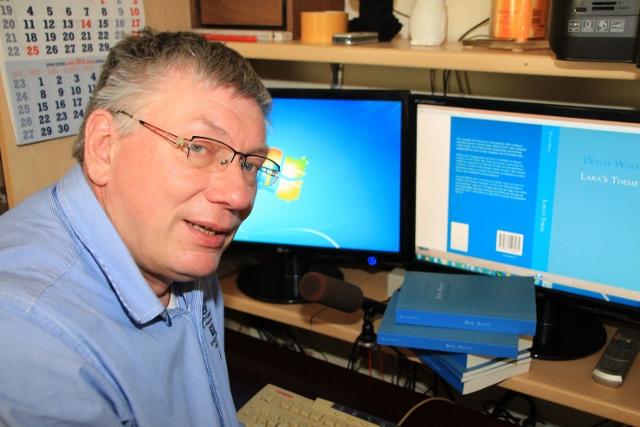 Romanautor Dieter Wolf