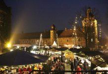 Weihnachtliche Stimmung auf dem 21. Adventsmarkt am Schloss Raesfeld.