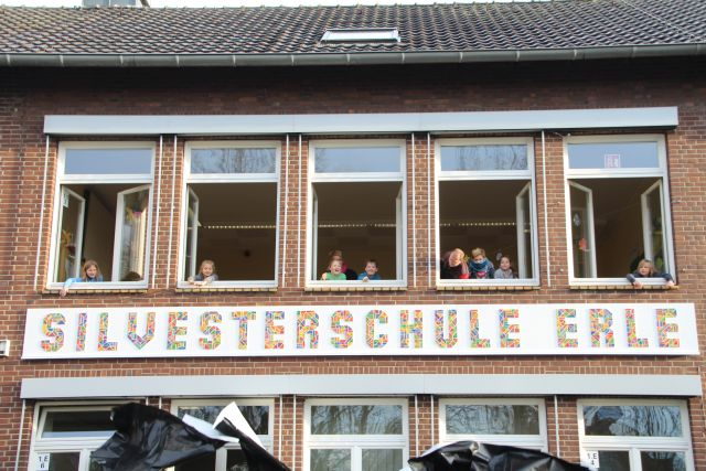 Silvesterschule Erle Schulschild