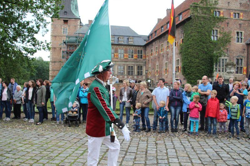 Großer Zapfenstreich am Schloss Raesfeld