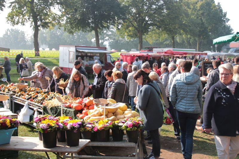 Bauernmarkt auf dem Hof Stegerhoff