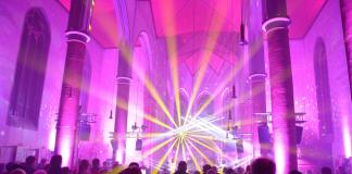 Laser statt Kerzen St. Silvester-Kirche Erle