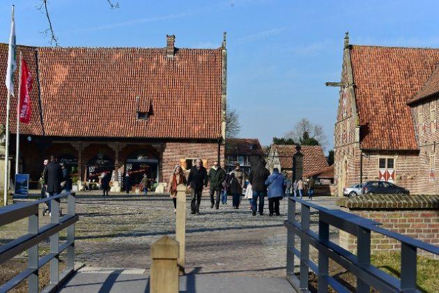 Ein Bummel über den Schlossinnenhof