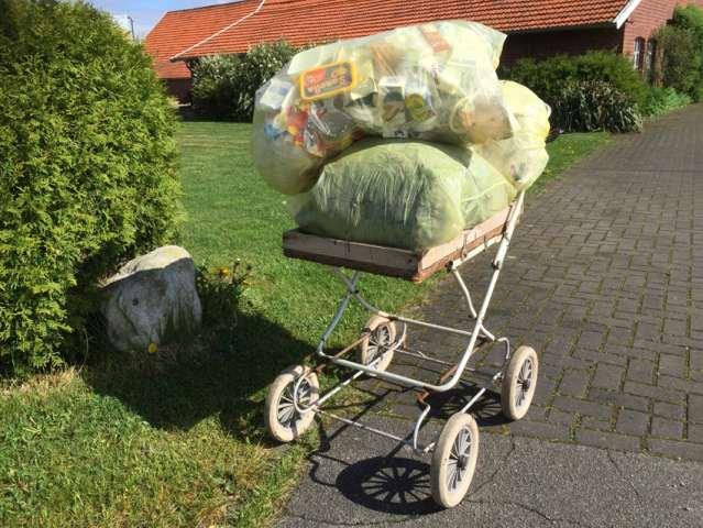Gelber Müllsack sorgt für Ordnung auf dem Hamborg in Raesfeld