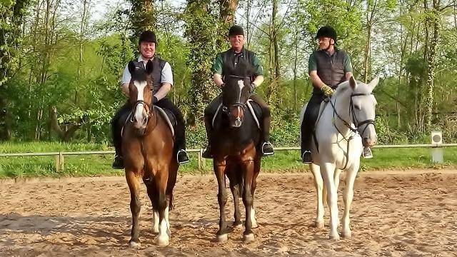 Reiterstaffel Erler Schützenverein Erle proben für die Vorparde