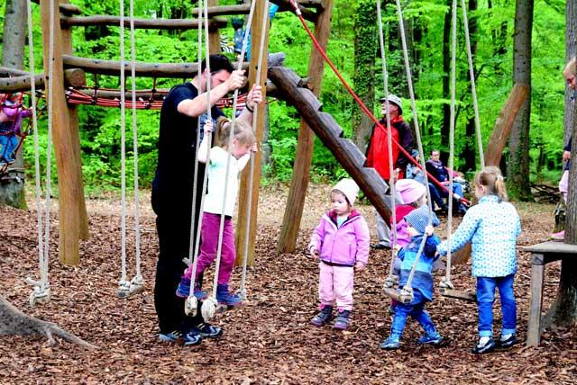 Waldkindergarten-Tag-der-offenen-Tuer