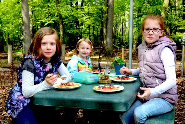 Waldwürmer im Waldkindergarten Raesfeld