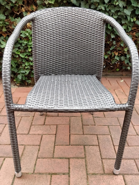 Gartenstühle in Raesfeld geklaut