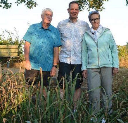 Hans Brune,Vors. Heimatverein Raesfeld, Bürgermeister Andreas Grotendorst und Diana Brömmel, Vorsitzende OMR
