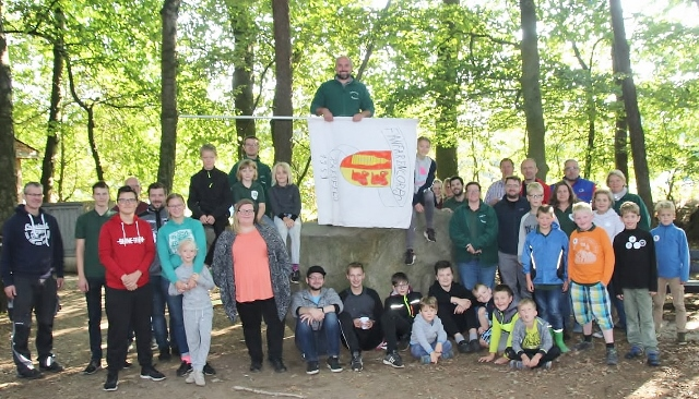 FCR-Zeltlager Fahne