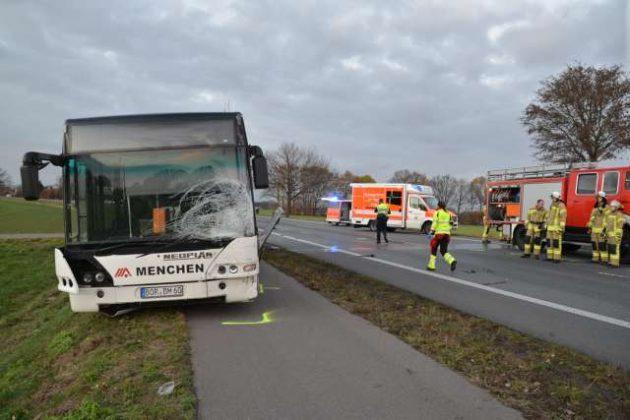 Unfall in Raesfeld mit Schulbus