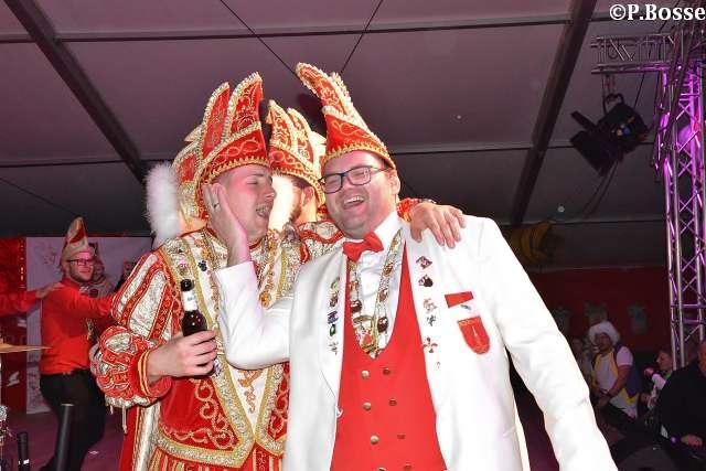 Super Stimmung im Festzelt bei der großen RCV Party Schräglage 5.0 mit Peter Wachel