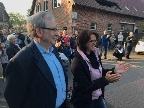 Maikranz aufhängen Raesfeld-Erle 2019