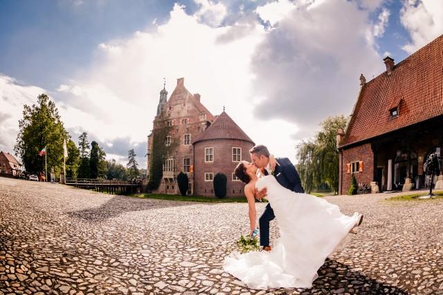 Die Schlossvermählten des Jahres: Vanessa & Kai. Foto: Oliver Knorr