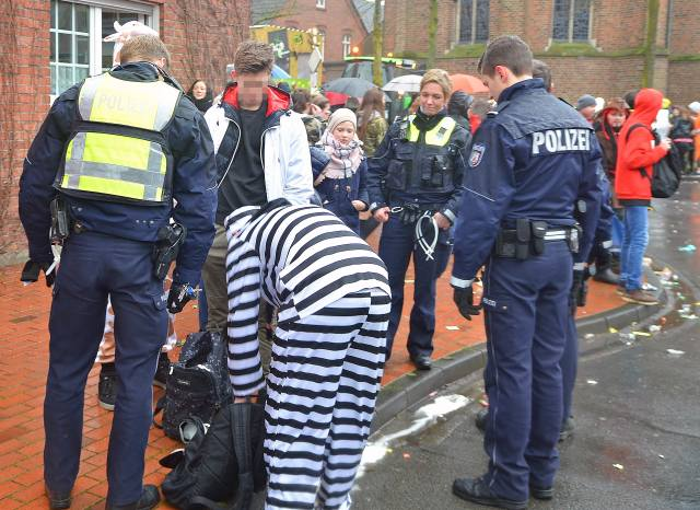 Polizei rosenmontag Raesfeld