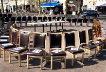 borken-leere-stühle-