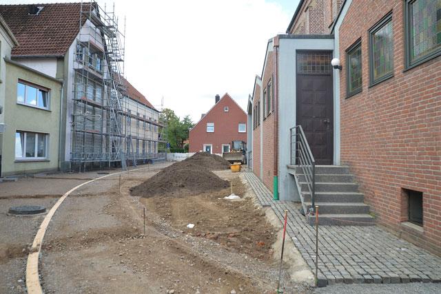 Neugestaltung-Kirchplatz-St.-Silvester-Erle