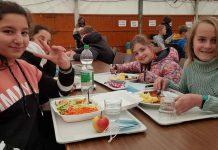Behelfsmensa-in-der-Gesamtschule-Raesfeld