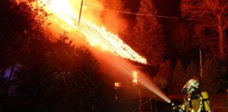 Toter-nach-Brand-in-Borken-geborgen