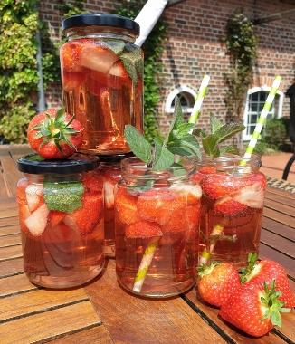 Erdbeerbowle Adelheids