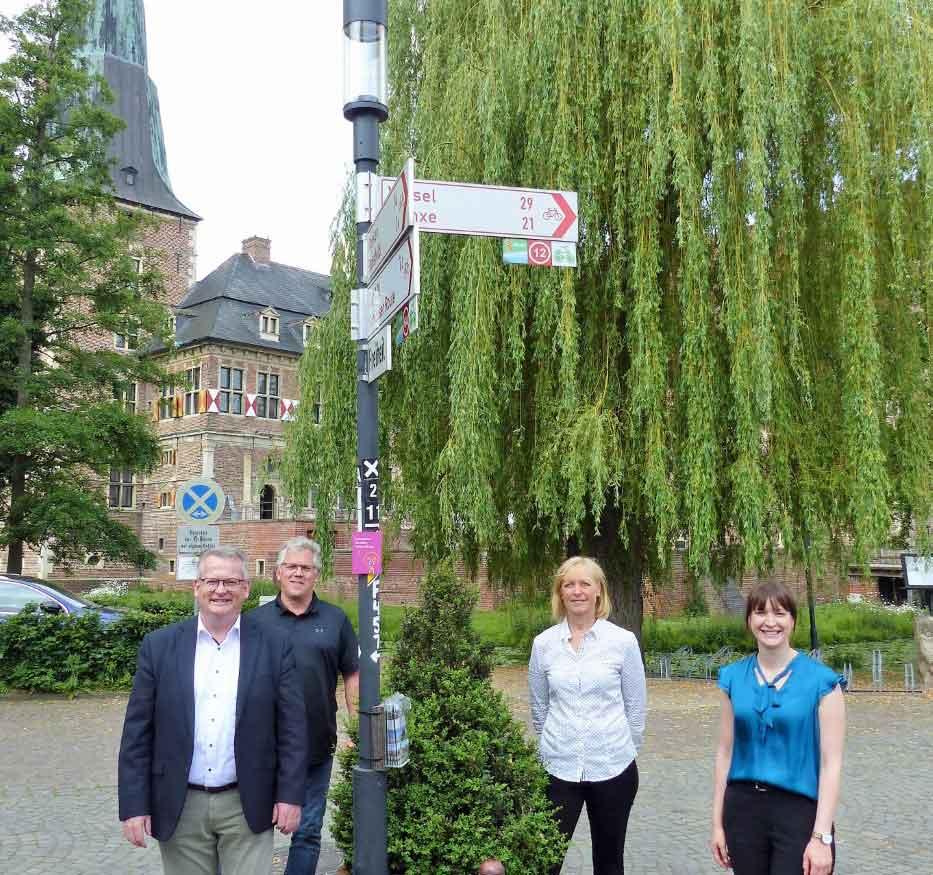 Straßenbeleuchtung-Schlossfreiheit-Martin-Tesing