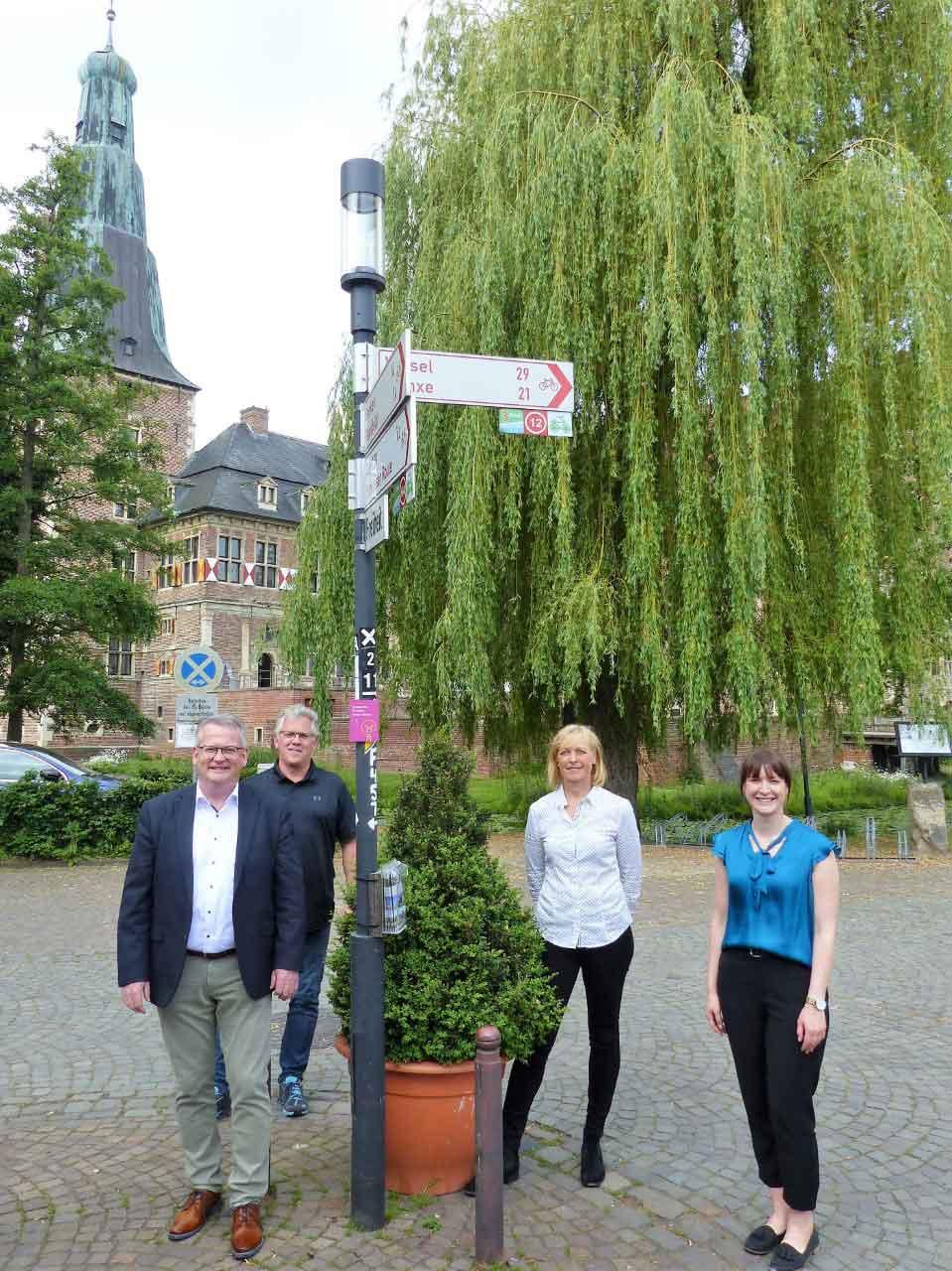 Straßenbeleuchtung-Schlossfreiheit